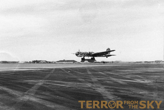A He177 taking off in 1944. This one of several types of aircraft used during Operation Steinbock. Original image: Bundesarchiv, Bild 101I-676-7972A-04 / Blaschka / CC-BY-SA